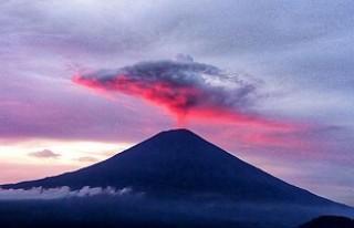 Agung Yanardağı Bali'de turizmi vurdu