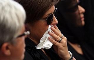 Vatan Şaşmaz'ın eşi cenazeden sonra görüntülendi