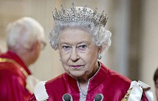Kraliçe Elizabeth'in tacı Nazilerden böyle...