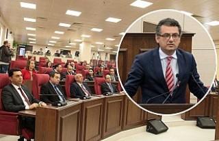 Dört partili koalisyon hükümeti güvenoyu aldı
