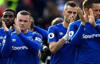 Everton Cenk'siz galip!