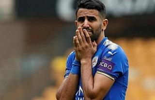 Leicester City, Mahrez'e para cezası verecek
