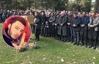 Hasan Özcan ağıtlarla memleketi Nizip'te toprağa...
