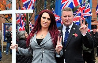 İngiltere'deki İslam karşıtı grubun yöneticilerine...
