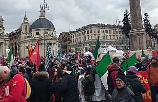 İtalya'da seçim sürecinde 'faşizm gerginliği'