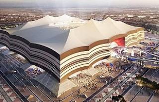 Katar'daki stadın kaplamaları Türkiye'den...
