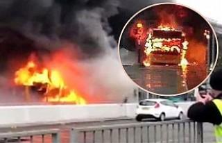 Londra'da havaalanındaki yangın uçuşları...