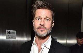 Brad Pitt'in yeni sevgilisiyle ilk fotoğrafı