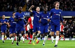 Chelsea, geriye düştüğü maçta Southampton'u...