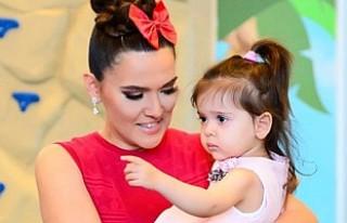 Demet Akalın, 4 yaşındaki kızına Instagram hesabı...