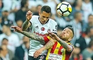 Beşiktaş, Malatyaspor'u Yenerek Şampiyonluk...