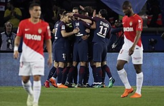 PSG'ye 7-1 yenilen Monaco, bilet parasını iade...