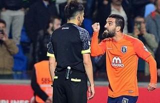 Arda Turan'a 16 maç men cezası