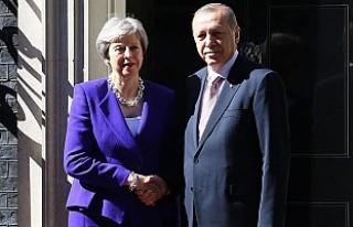 Erdoğan, Kraliçe II Elizabeth ve Başbakan May İle...