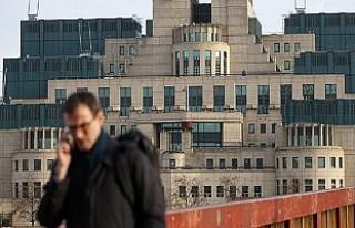 İngiliz İstihbarat Servisi MI6, Reklamla Eleman...
