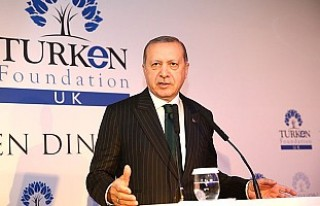 Erdoğan: Mülteci meselesi insan hakları dersi vermek...