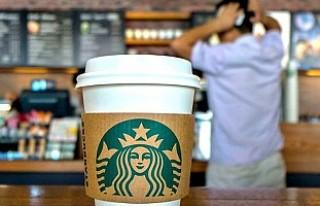 Starbucks 8 bin şubesini ırkçılık eğitimi için...