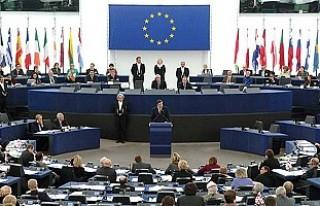 Avrupa Parlametosu'ndan internete sınırlama...