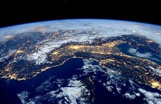Dünya'da 1,4 milyar yıl önce bir gün 18 saat...