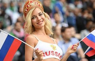 Rusya'nın en güzel futbolseverleri