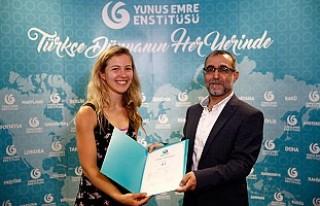 Yunus Emre Enstitüsü'nde Türkçe Öğrenip...
