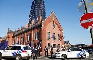 Belçika'da Müslüman kıza yönelik saldırı...