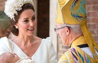 Kate Middleton'ın giydiği kıyafet satışa...