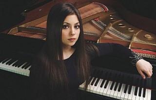 Lara Melda, Royal Albert Hall'de