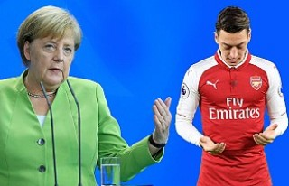 Angela Merkel'den Mesut Özil Açıklaması