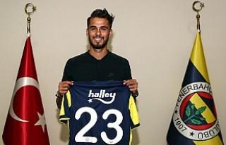 Diego Reyes resmen Fenerbahçeli