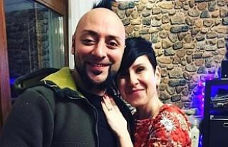 Hayko Cepkin 15 yıllık sevgilisi ile evlendi