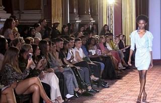 Türk tasarımcı Kartal'dan Londra Moda Haftasında...