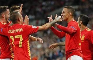 Uluslar liginde İspanya, İngiltere'yi 2-1'le...
