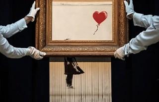 Banksy: Kendini parçalayan resim planladığımız...