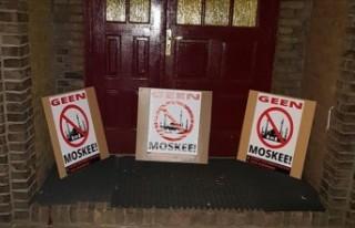 Hollanda'da Müslümanlara yönelik ırkçı...