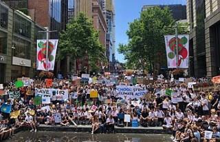 Avustralya: Binlerce öğrenci iklim değişikliği...