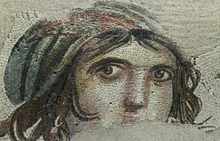 'Çingene Kızı' mozaiğinin kayıp parçaları...