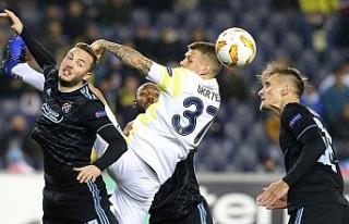 Fenerbahçe Gruptan Çıkmayı Garantiledi