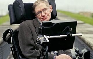 Stephen Hawking'in 22 kişisel eşyası 1,8 milyon...