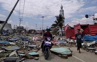 Endonezya'daki tsunamide ölü sayısı 429'a...
