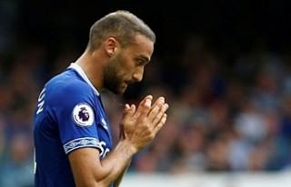 Everton, Cenk Tosun'u Burnley maçının kadrosuna...
