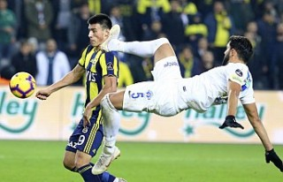 Fenerbahçe, Kasımpaşa karşısında da bildiğiniz...