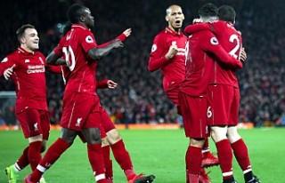 Liverpool, Arsenal'i farklı yendi