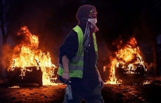 'Sarı Yelekler' protestosunda 80 yaşında...