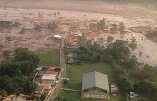 Brezilya'da baraj çöktü: 300'den fazla...