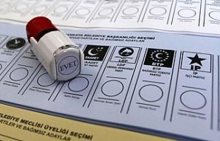Yerel seçimlere katılacak parti sayısı 12'ye...