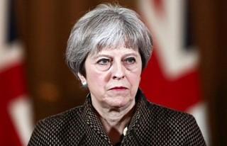 İngiltere Başbakanı May'den 'Brexit'...