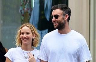 Jennifer Lawrence erkek arkadaşı Cooke Maroney ile...