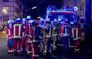 Berlin'de çıkan yangında Türk genci 3 kişiyi...