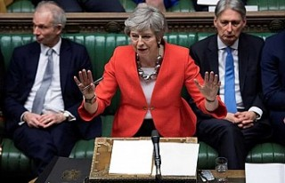 İngiltere Başbakanı May, Brexit anlaşmasını...